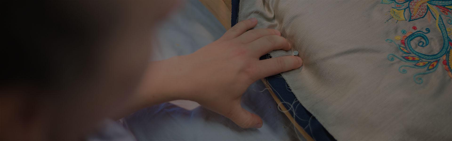 Restaurer Fauteuil Voltaire Moderne restauration de fauteuils et chaise - l'atelier d'enora